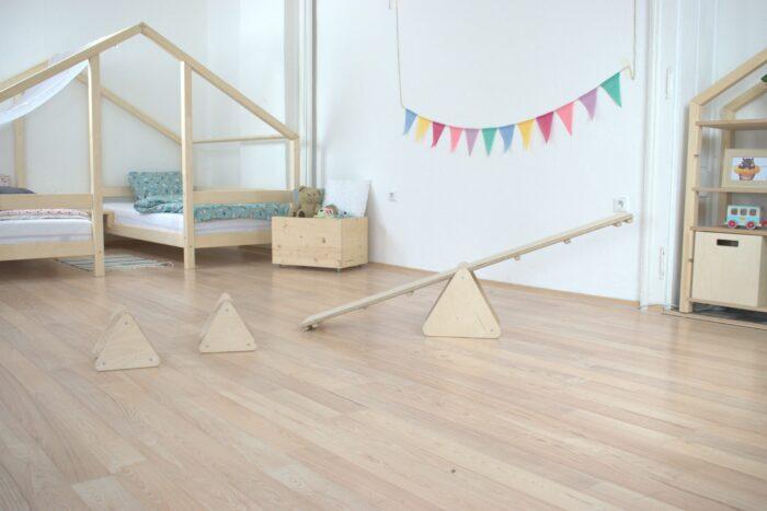 Montessori tasakaalu kolmnurgad